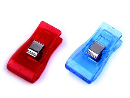 Cloth Clips / Fabric Pegs 18 x 33 mm